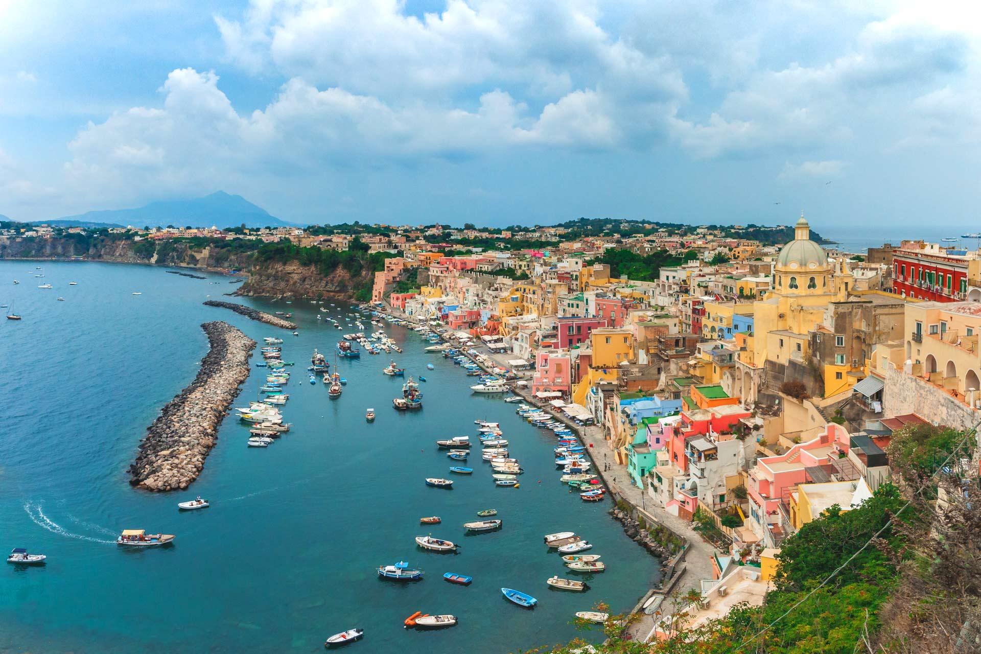 rental-boat-tour-procida-amalfi-capri-positano-sorrento