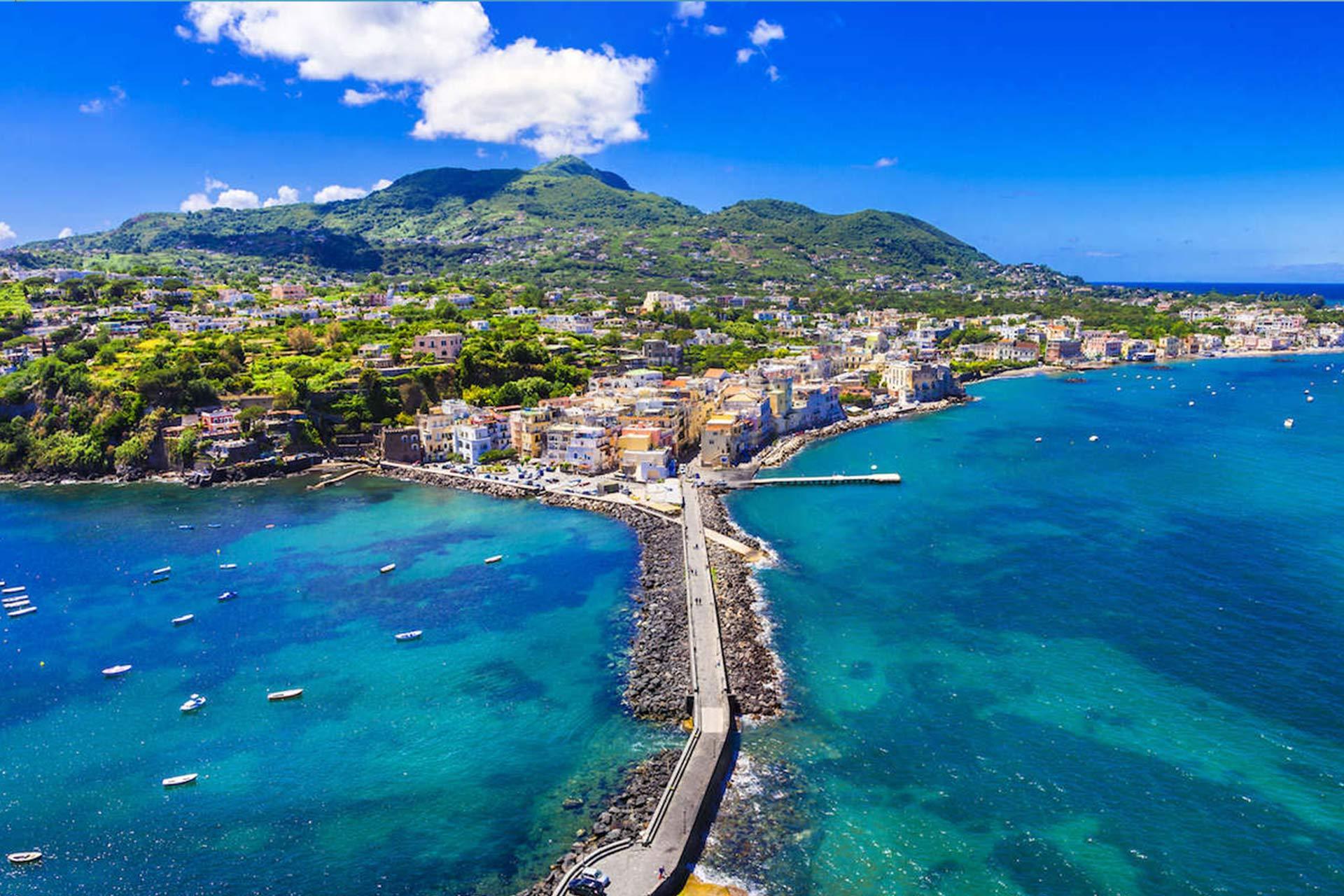 rental-boat-tour-ischia-amalfi-positano-capri-sorrento